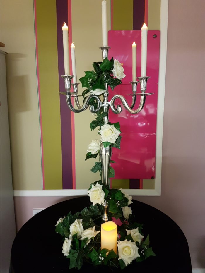 2.4m garland with Ivory roses