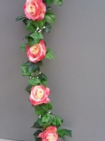 Garland with artificial pink-cream silk roses