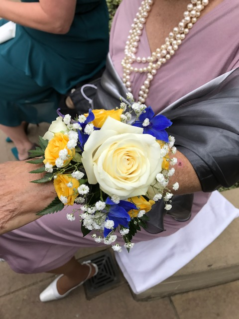 Mum's wedding corsage