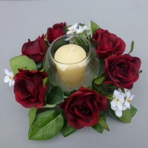 Candle ring with artificial dark red roses & blossom