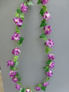 Garland artificial mini with purple roses