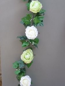 Garland with Green-White silk roses