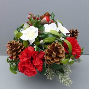 Christmas memorial pot with carnations and robin