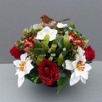 Memorial pot with ivory Christmas and red roses