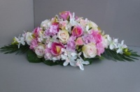 Table Centerpiece for wedding with roses & orchids