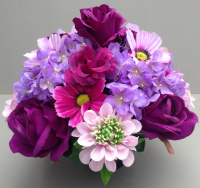 Pot for memorial vase with lilac scabiosa